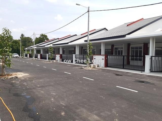 Batu 8 Taman Tas Jln gambang, Kuantan