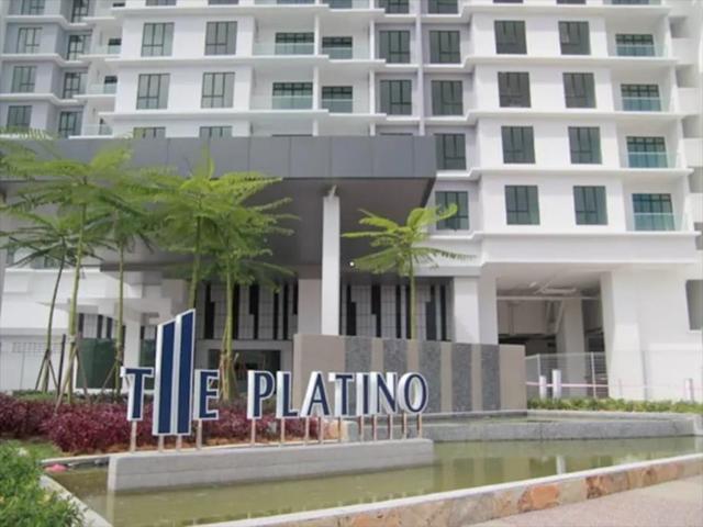 The Platino Serviced Apartment, Taman Bukit Mewah, Tampoi