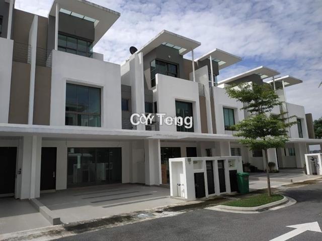 Lake Point Residence, Cyberjaya