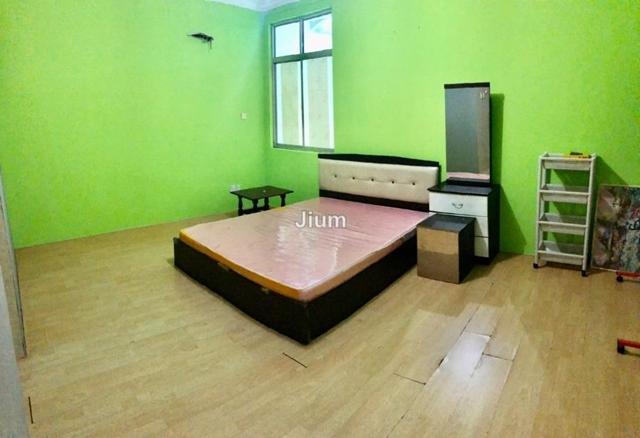Hibiscus Court, Kampung Stutong Baru, Kuching