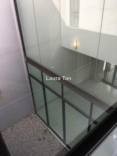 Taman Laguna Superlink 2storey terrace house, Johor Bahru