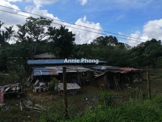 8th Mile, Matang, Kuching
