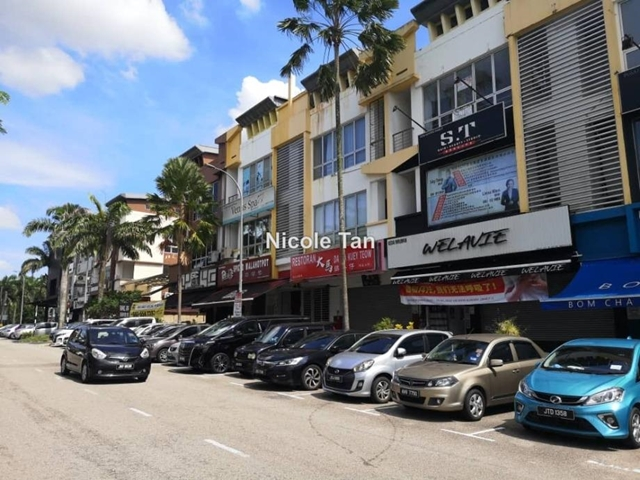 3 Storey Shop, Facing Garden, same row with peikin restaurant, Taman Sutera Utama, Skudai