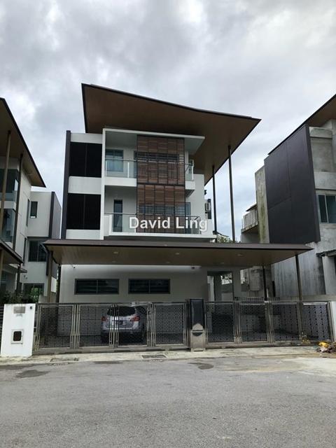 Windsor Estate, Kuching