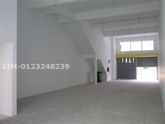 grd floor internal to front