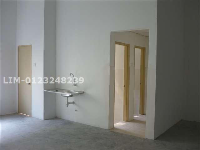 2-units toilet