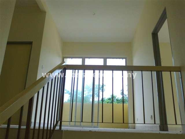 House For Sale Taman Dahlia BB Salak Tinggi