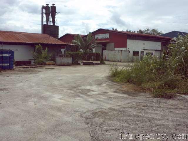 Batu 24 Jalan Air hitam, Kulai, 81030, Johor