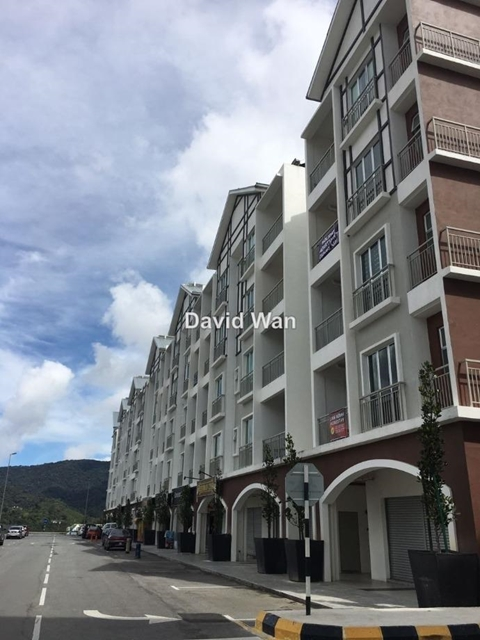 SHOP AT SOMERSQUARE APARTMENT @ CAMERON HIGHLANDS, GOLDEN HILLS , Cameron Highlands