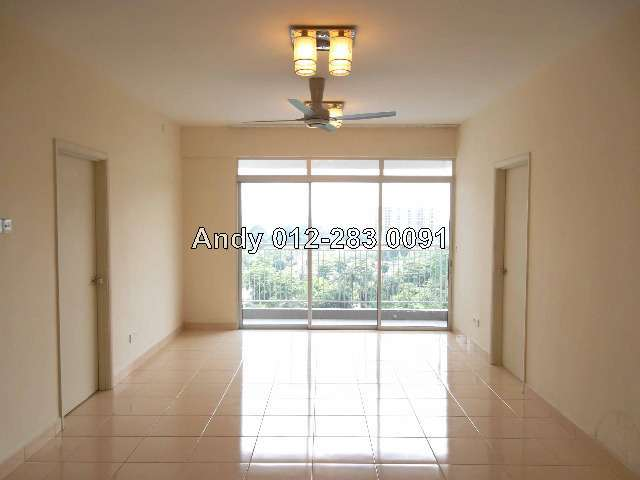 Very Spacious Living Area With Remote Control Fan