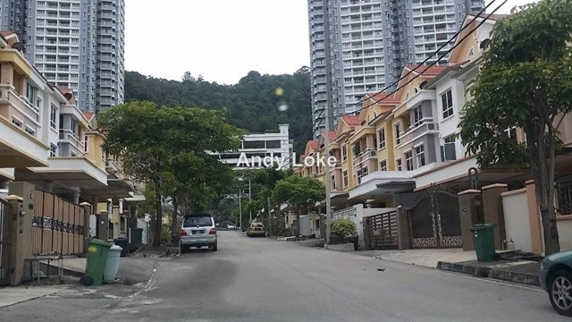 Tanjung bungah 3 sty terrace link house 5 bedrooms for for 7 terrace penang