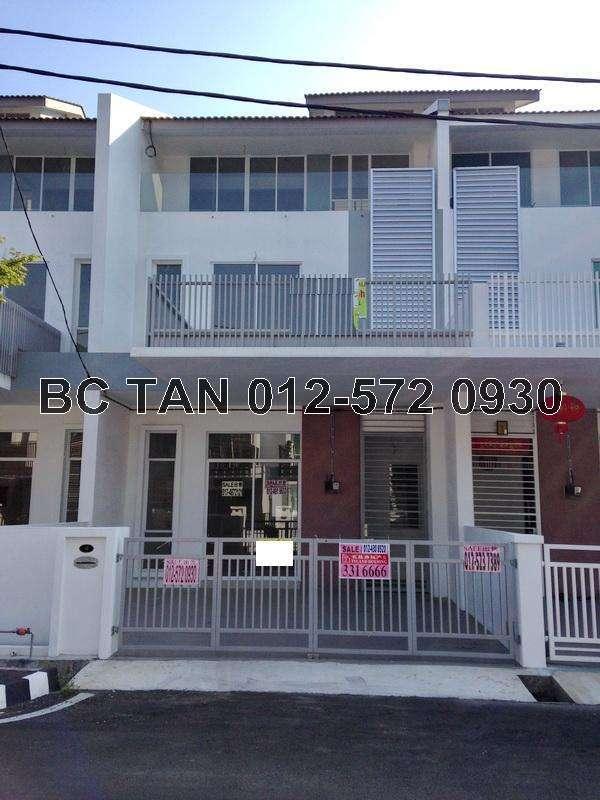 Bukit minyak penang 3 sty terrace link house for sale for Terrace 9 classic penang