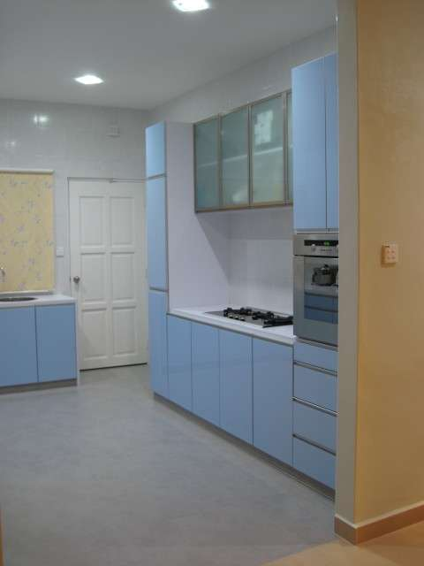 Kitchen right side