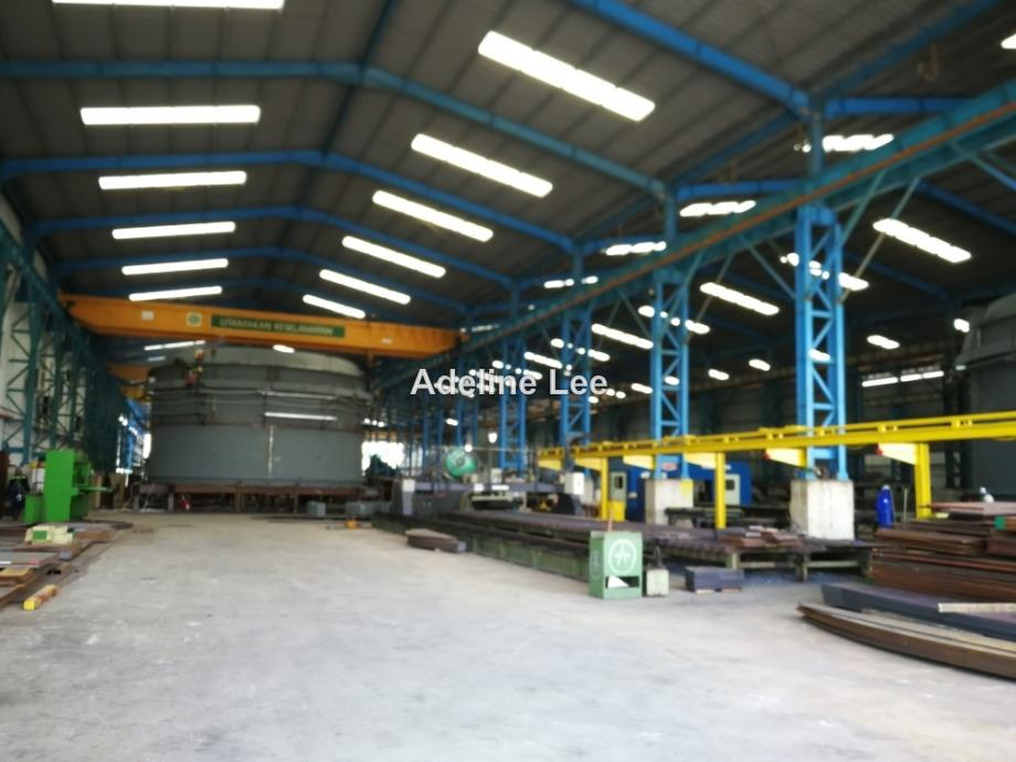 Pasir Gudang Detached Factory with overhead cranes and extra huge land, Pasir Gudang