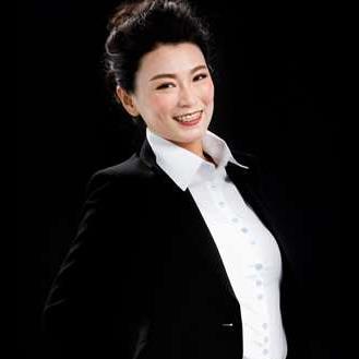 Queenie Hwa