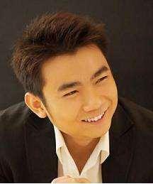 Darren Loh